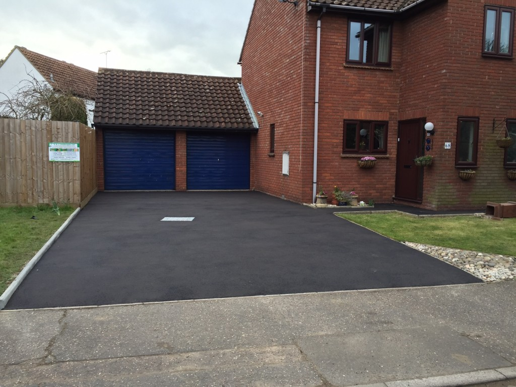 Finish job - hot rolled black tarmac
