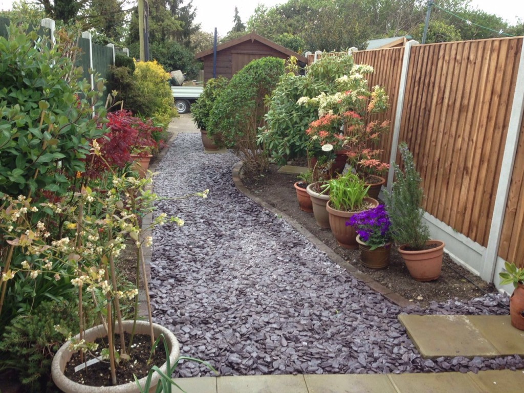 New fencing with slate pathway and garden makeover d l for Garden makeover