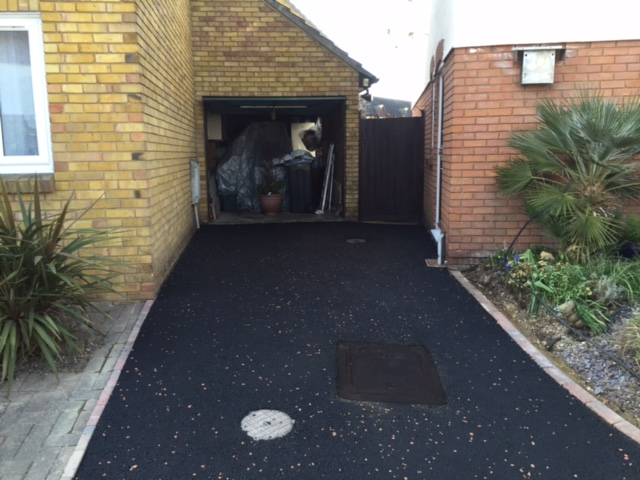compelted tarmac drive